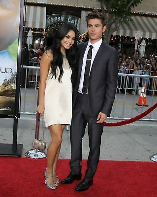 Vanessa Hudgens & Zac Efron Actors 8x10 RedCarpet Photo
