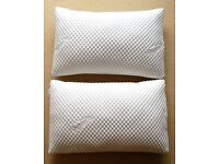 Absolutely in perfect brand new condition, a pair of Tempur Cloud Pillows , tried a max of 5 nights