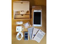 Samsung Galaxy S5 Mini SM-G800F 16GB Shimmery White GSM Factory Unlocked Smartphone
