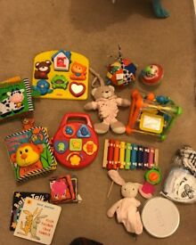 Children toys from 0-12 months