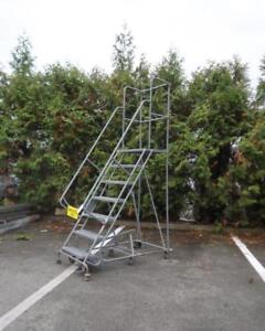 Mobile 7-step Ladder Stand W/ Handrails