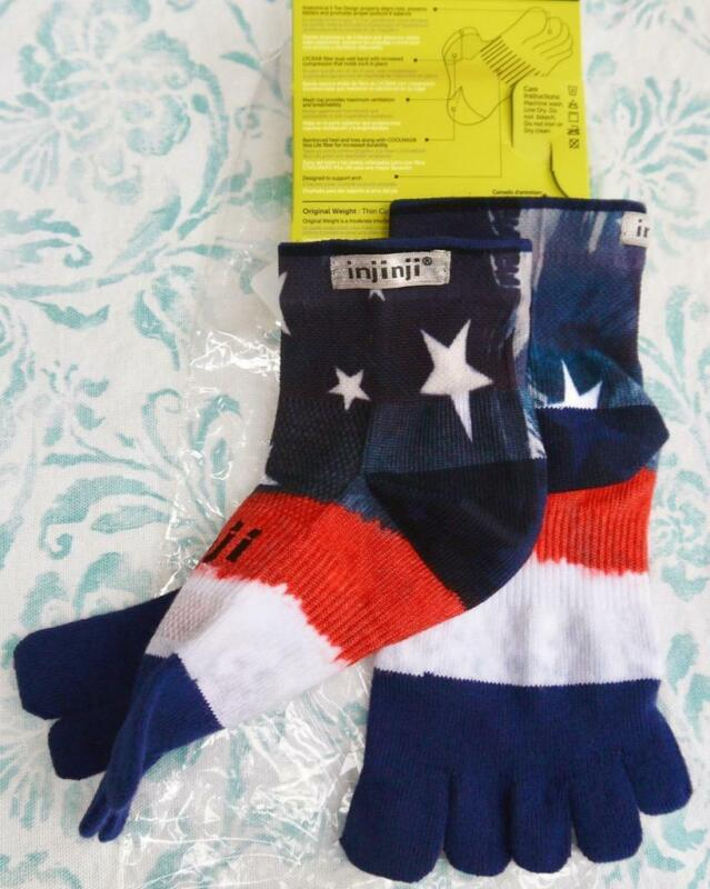 INJINJI Mini-Crew AMERICAN FLAG PERFORMANCE 2.0 RUN SOCKS WOMENS 6-8.5 / M 5-7.5
