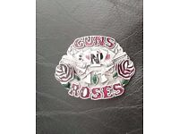 2 belt buckles, Aerosmith + Guns n Roses