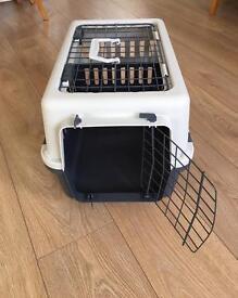 Top opening cat/pet carrier