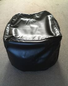 Brown pouffe with leather effect