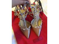 Authentic Valentino Rockstuds