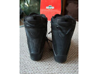 Flow snowboard boots size 10