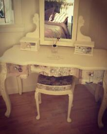 Upcylced dressing table