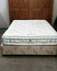 Kingsize Divan Bed No080411