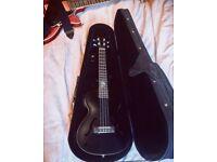 Electro/acoustic tenor ukulele