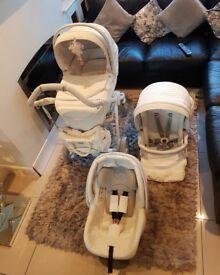 YOUNG VERSACE STROLLER AND TRAVEL SET ( 4 PIECE ) **
