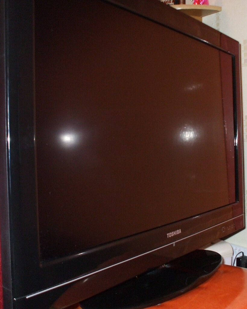 TOSHIBA 32BV501B 32 INCH HD LCD TV-AS NEW CONDITION