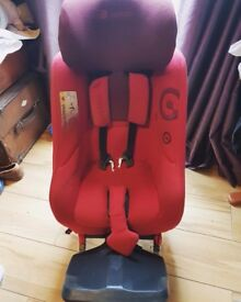Concord reverso rearwsrd facing seat. Birth to 23kg. £289 new.