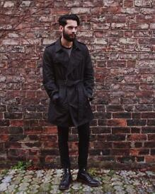 Burberry Double-Breasted Navy Trench-Coat - Medium