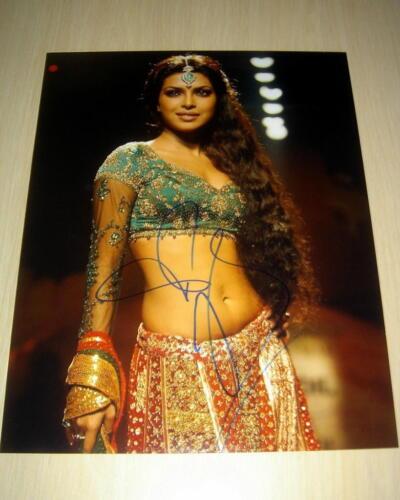 PRIYANKA CHOPRA.. Bollywood Beauty  (11x14)  SIGNED