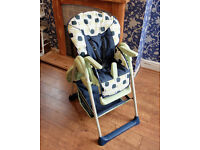 Hauck Sit n Relax 2 in 1 Highchair (Apple)