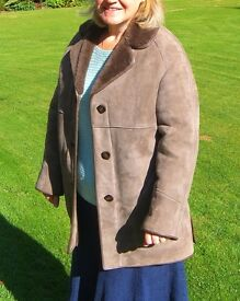 Ladies Sheepskin Coat Size 16