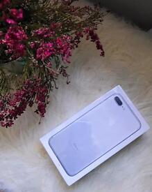 iPhone 7 PLUS 32gb Unlocked. Silver