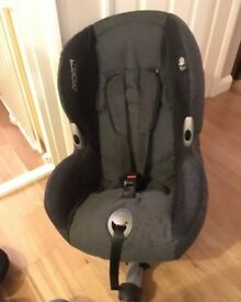 Maxi-Cosi 0-4yrs isofix with front leg