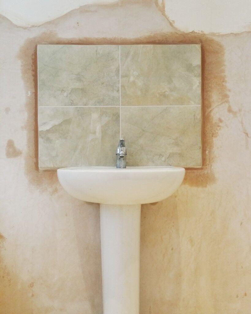 Local Plumber EMERGENCY 1 hour , Leaks,Blockages,Taps ,Sinks,Toilets ...