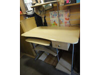 GOOD STURDY CONDITION, A NICE METAL & WOOD EFFECT COMPUTER DESK