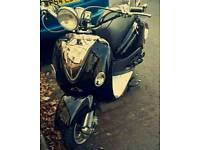 Lexmoto Valencia moped