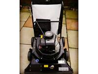 McCulloch leaf vacuum
