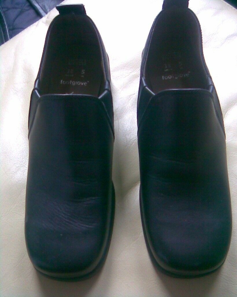 M&S BLACK LEATHER FOOTGLOVE SHOES X 3 ALL SIZE 5