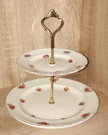 Two Tier 'Roses'