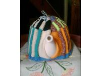 NEW HAND KNITTED TEA COSY - UNUSUAL VINTAGE STYLE TRADITIONAL PLEATED PATCHWORK