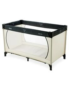 Hawk travel cot