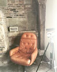 Stylish leather Egg Chair