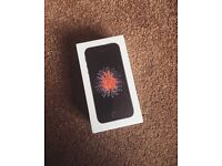 UNOPENED Boxed Brand New IPhone SE 64gb Spacegray