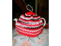 NEW HAND KNITTED TEA COSY - RED, BRIGHT & CHEERFUL