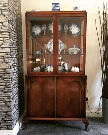 Vintage China cabinet. Ideal shabby chic project