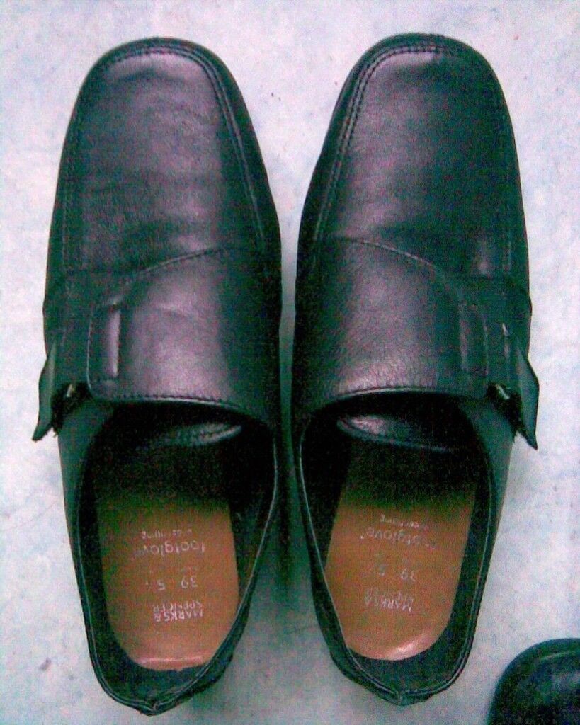 M&S BLACK LEATHER FOOTGLOVE SHOES 5.5