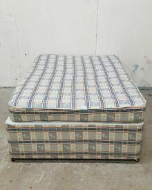 Small Double Divan Bed No040331