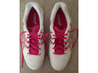 Asics Gel Game 4 Women's Tennis shoes Eur 42 - RRP £60 - worn once