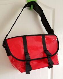Messenger Bag NEW £3