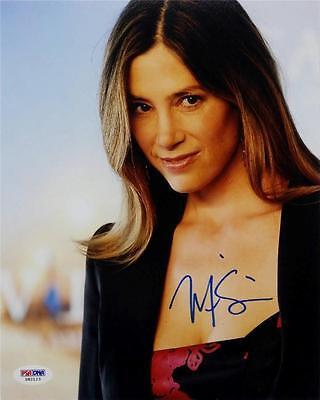 Mira Sorvino Signed 8X10 Photo Psa Dna X82123 Auto Autograph