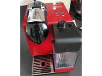 Nespresso Delonghi Coffee Machine in good condition
