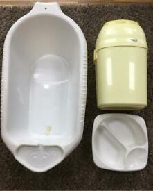 Baby bath - baby top & tail basin - Tommee Tippee Nappy Bin