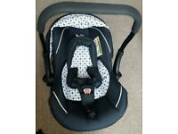 Bargain! SilverCross Infant Car Seat in Excellent condition