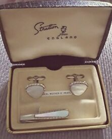 Vintage Stratton Set