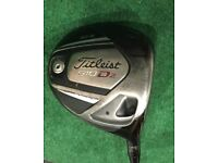 Titleist Driver 910 D2 Regular flex 10.5 degrees with new Golf Pride align grip
