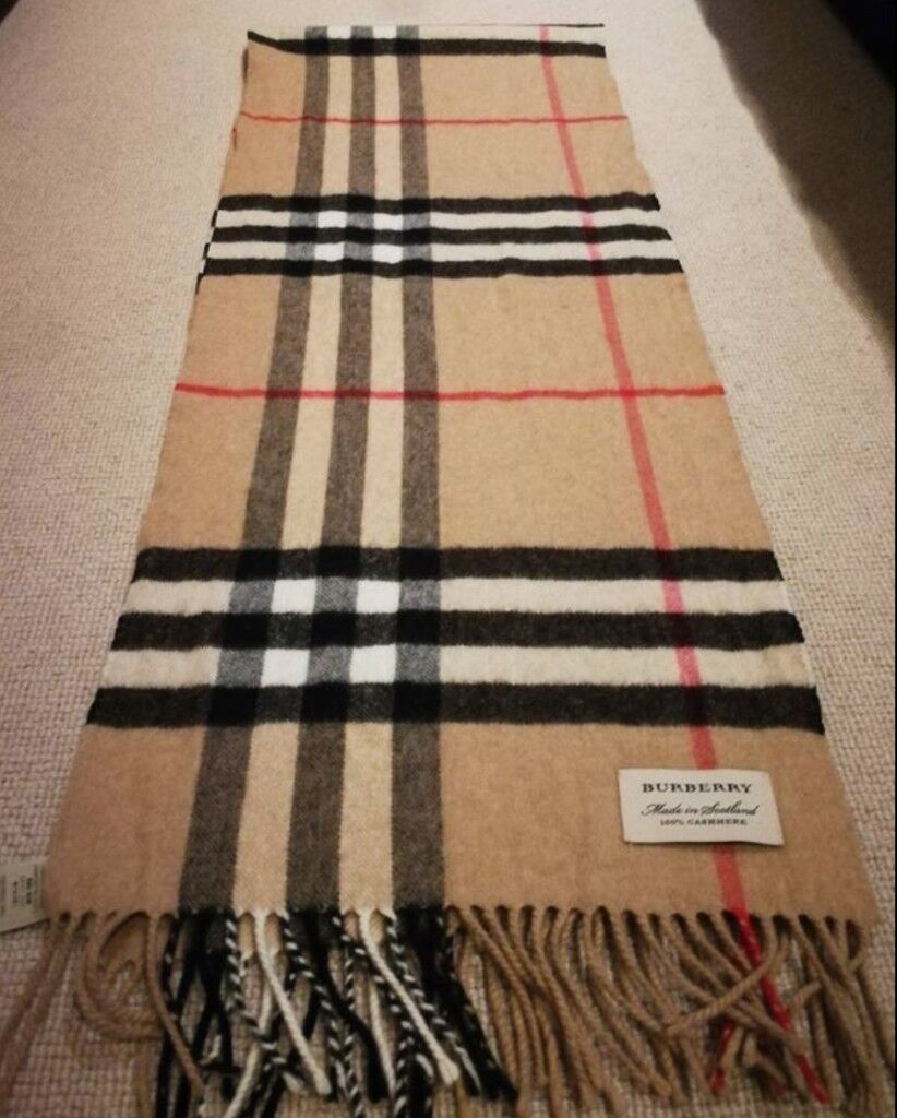 Silk Scarves Gumtree: Brand New 100% Cashmere Burberry Scarf (unwanted Gift