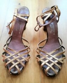 1c82c693680e4f VINTAGE SHOES SANDALS FARMERS Gold Leather Platted Peep Toe High Heel Ankle  Strap Lattice Woven 6½