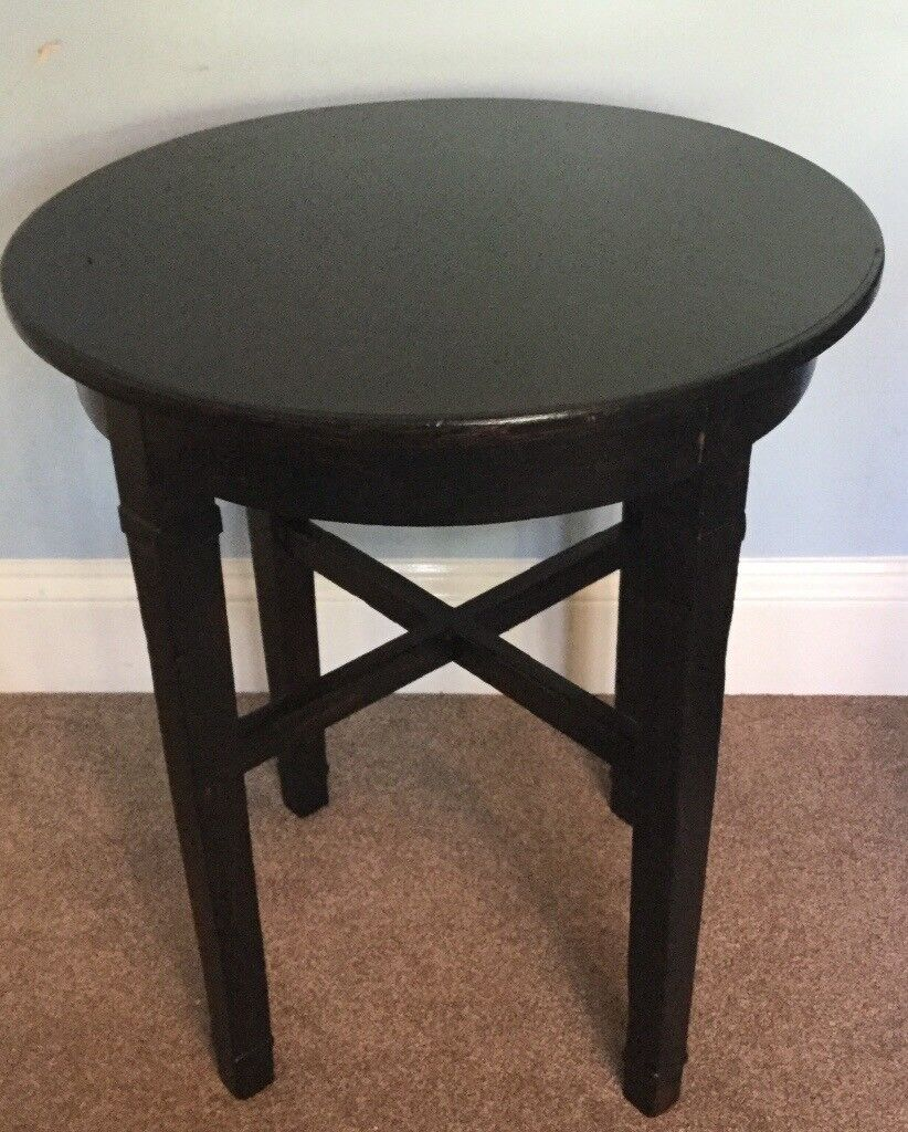 Black Round Table Height 26in/66cm Width 22.5in/57cm