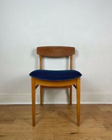 Stunning Mid-Century Bowed Back Chair by Beautility FREE LOCAL DELIVERY