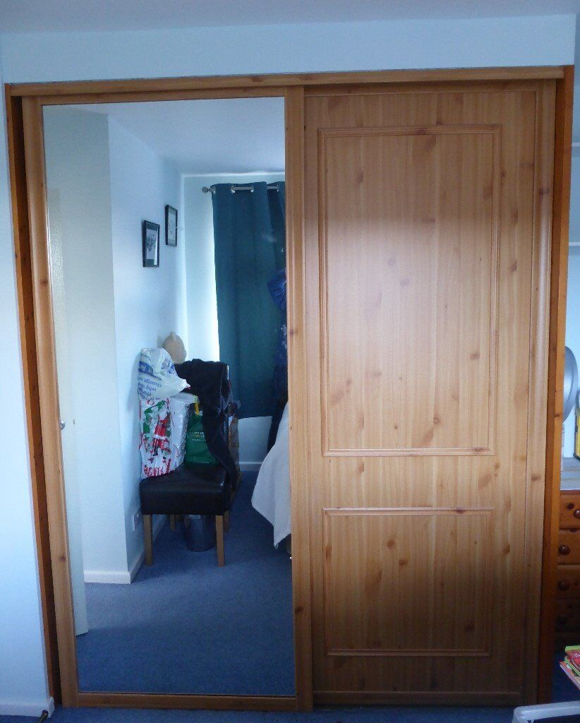 Pine Effect Sliding Doors with One Mirror
